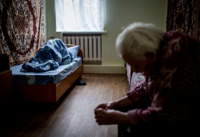 Patients of an elderly care institution near Blahodatne, Donetsk region were seen  in their room.  Since Ukrainian government ordered all government institutions out of the conflict zone and cut all the supplies they solely depend on humanitarian aid